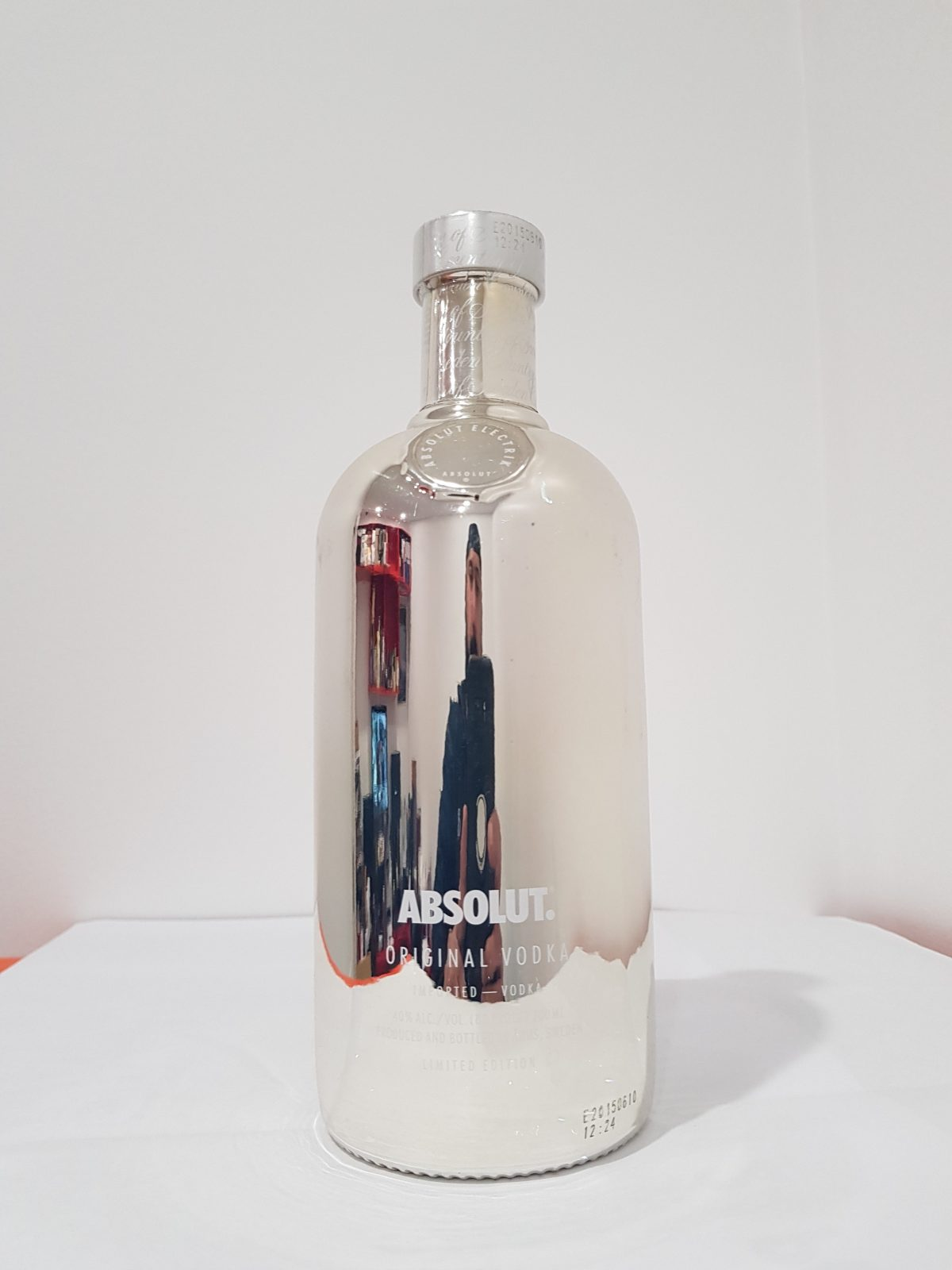 Absolut Vodka Electrik Limited Edition Silver 700mL 40 % abv