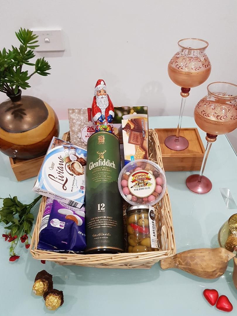 Glen Gems Gift Hamper - Glenfiddich 12 YO in a box with Cookies, Chocolates and Goodies