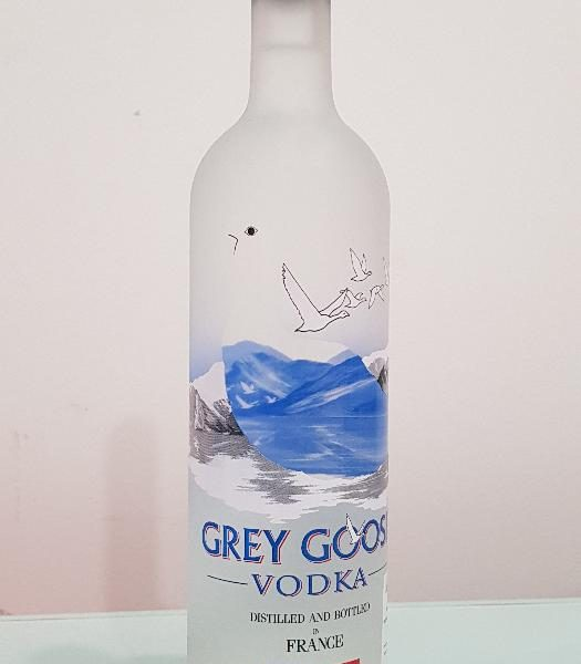 Grey Goose Vodka Bigger 750 ml