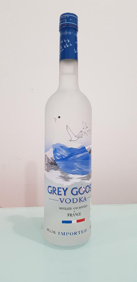 Grey Goose Vodka Bigger 750 ml