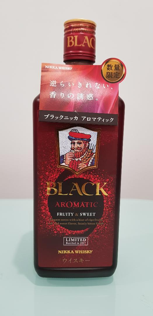 Nikka Black Aromatic Blended Japanese Whisky 700ml @ 40 % abv