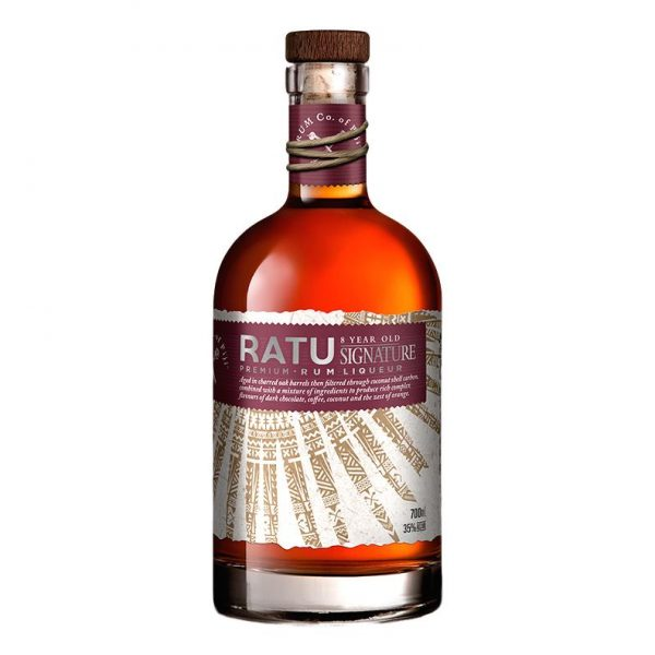 Ratu 8 year old signature blend rum 700Ml